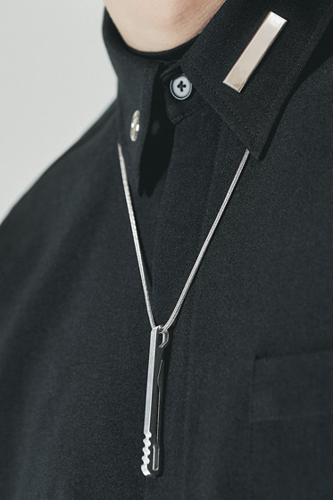 2 way utility bar neckless